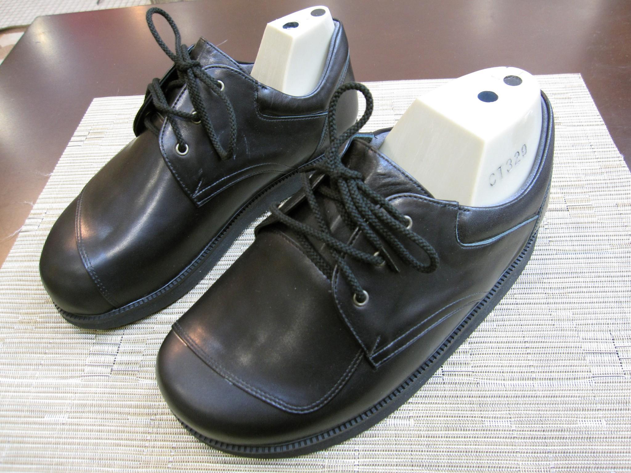リンパ浮腫用靴・オーダーメイドシューズです
