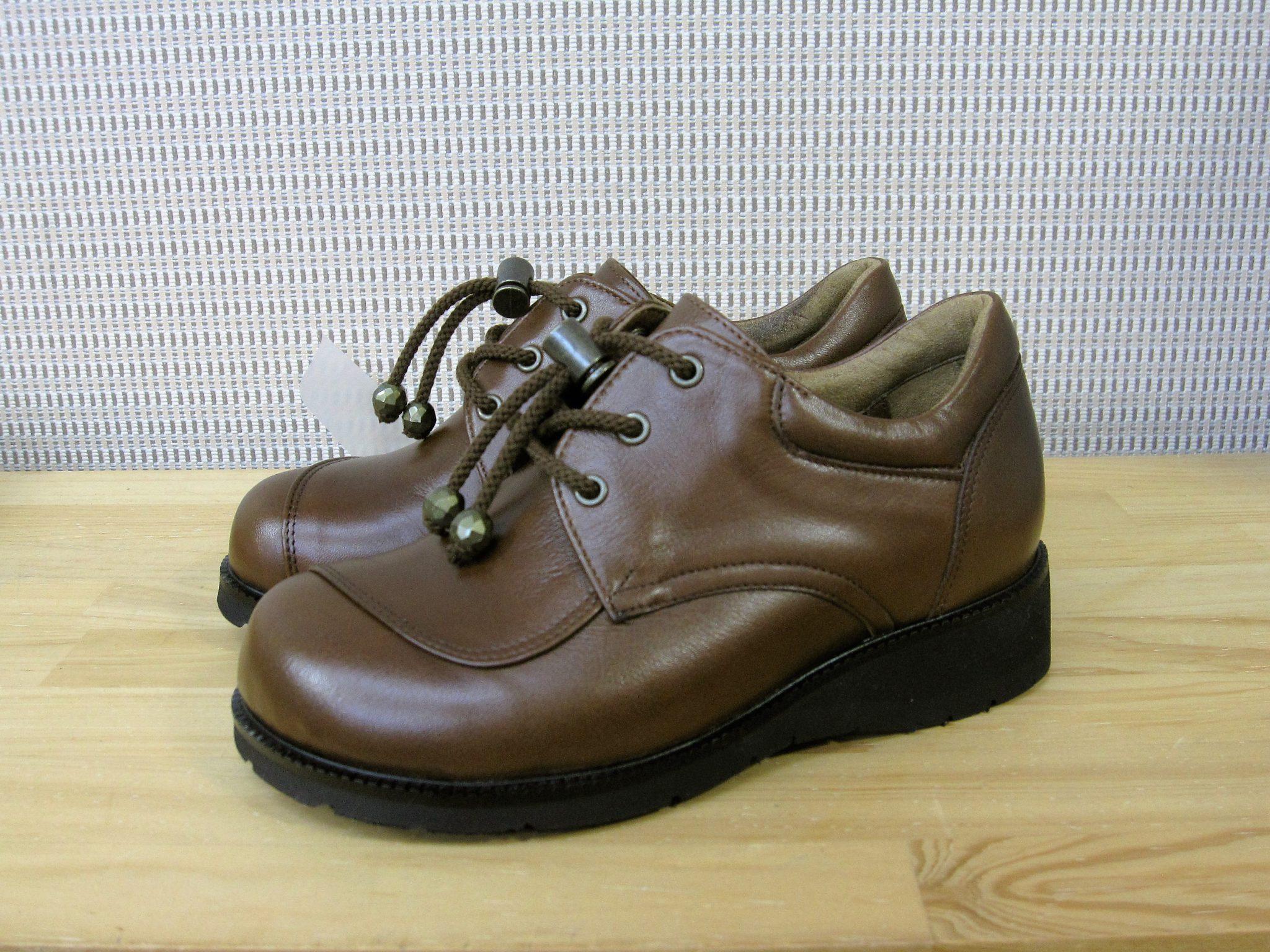 ダウン症の方の足にやさしい靴・オーダーメイドシューズ