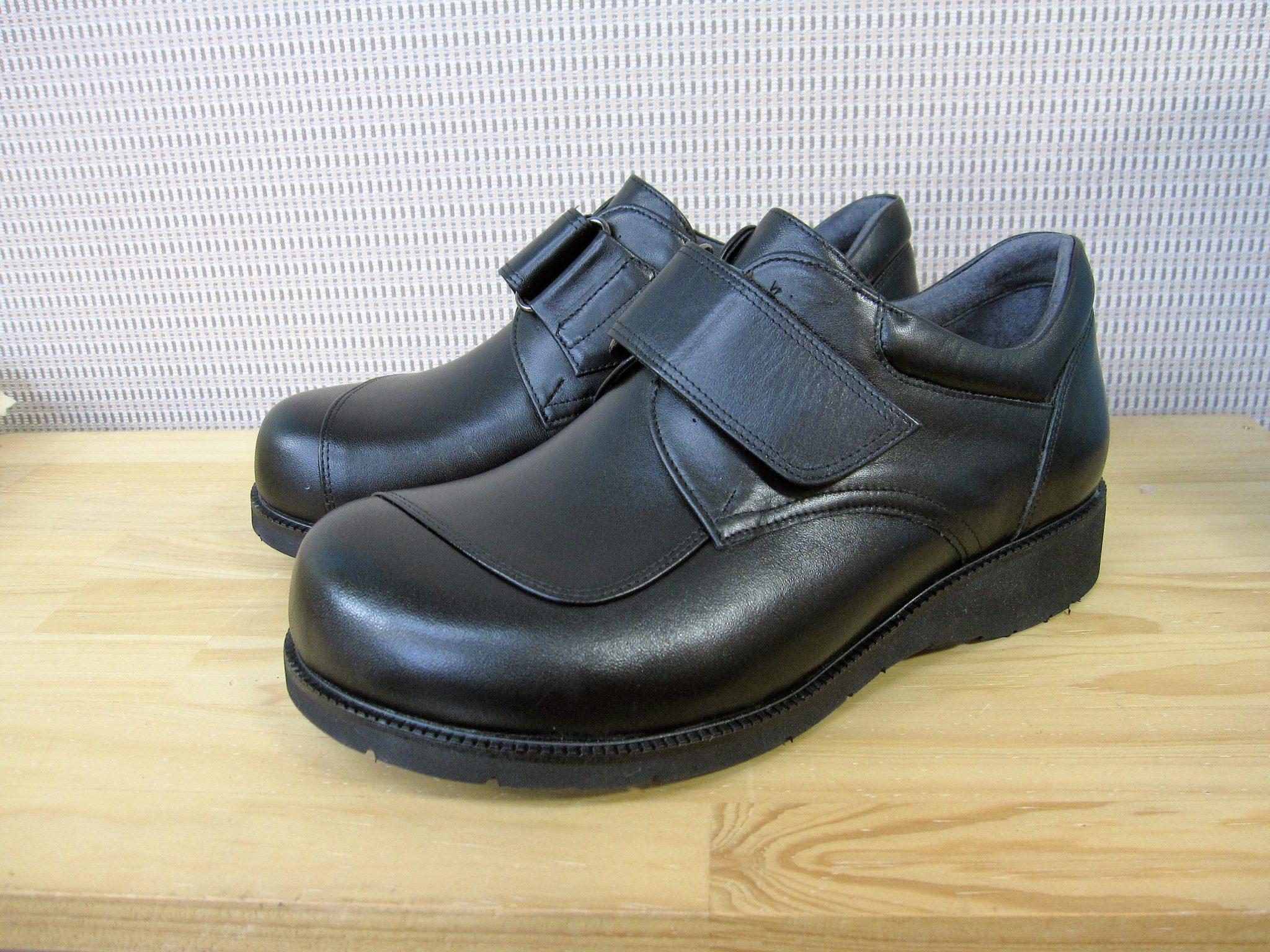 男性用・6Eタイプ・外反母趾の方の足にやさしい靴・オーダーメイドシューズ