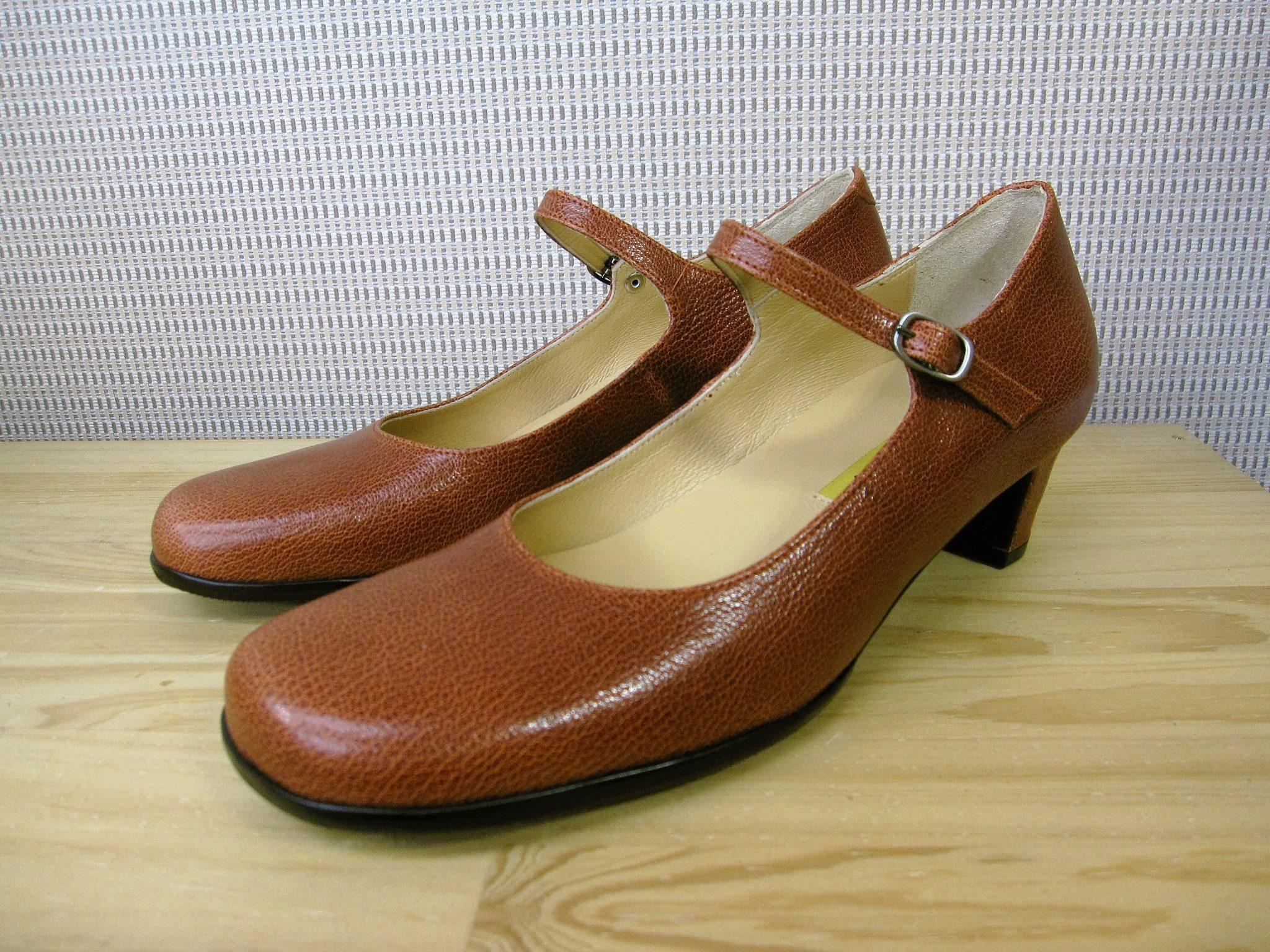 足にやさしい靴・オーダーメイドパンプス