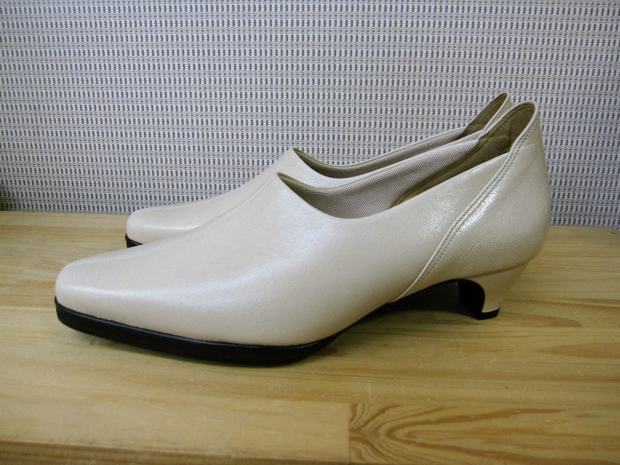 外反母趾の方に、足にやさしい靴・オーダーメイドシューズ