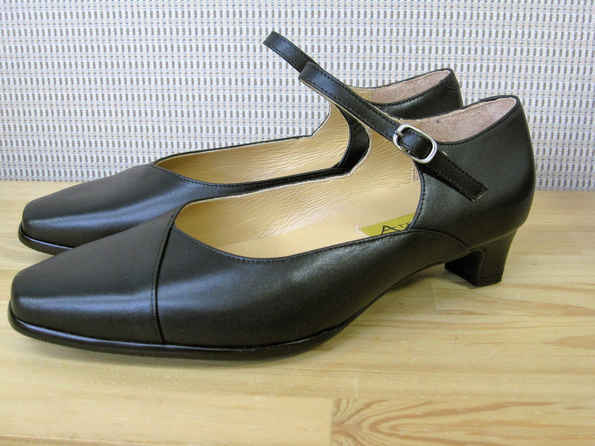 足にやさしい靴・オーダーメイドシューズ 6E ワンストラップパンプス