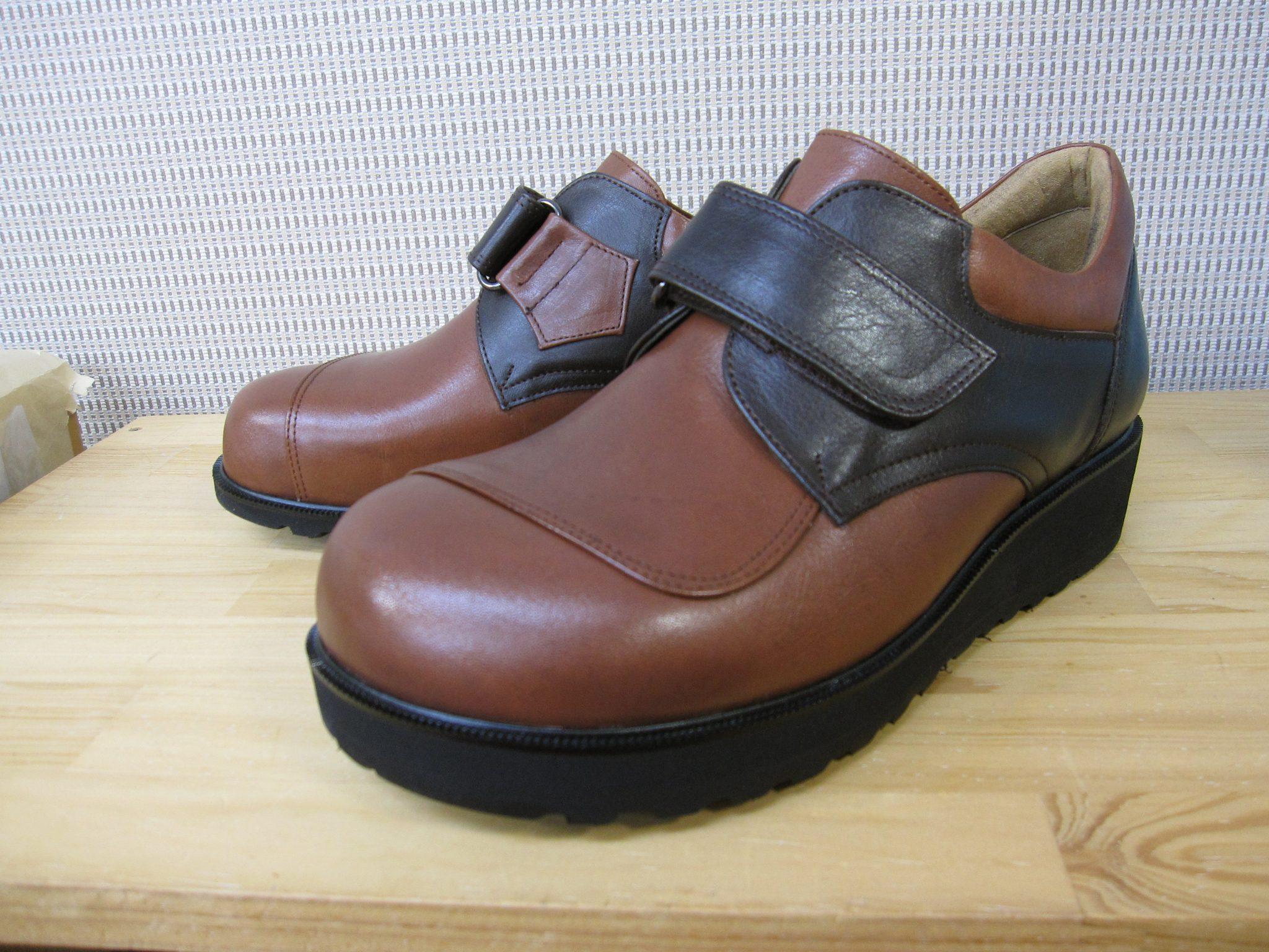 変形性股関節症の方の足にやさしい靴・オーダーメイドシューズ・補高靴