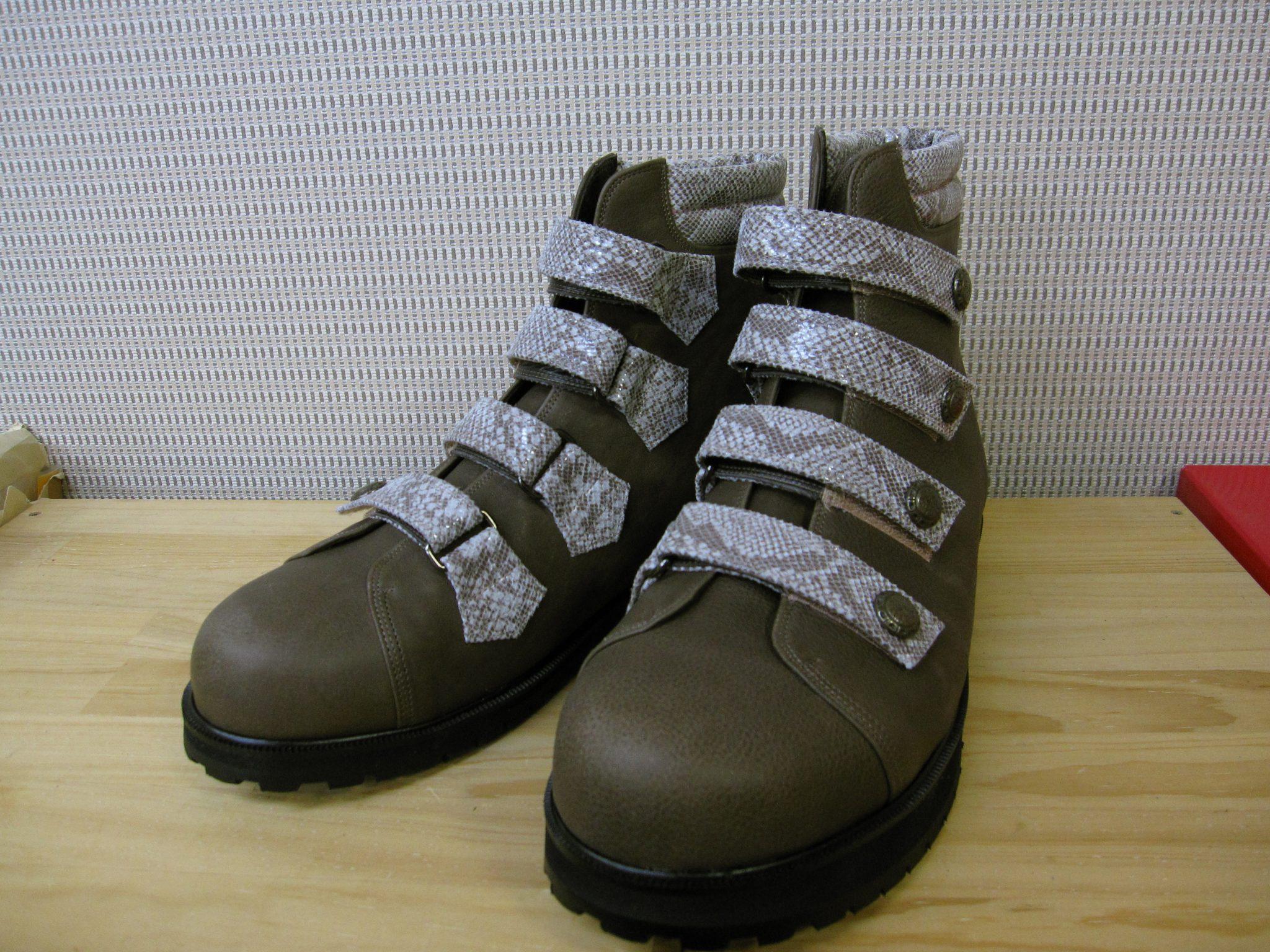 脳血管障害・脳梗塞の方にやさしい靴・オーダーメイドシューズ