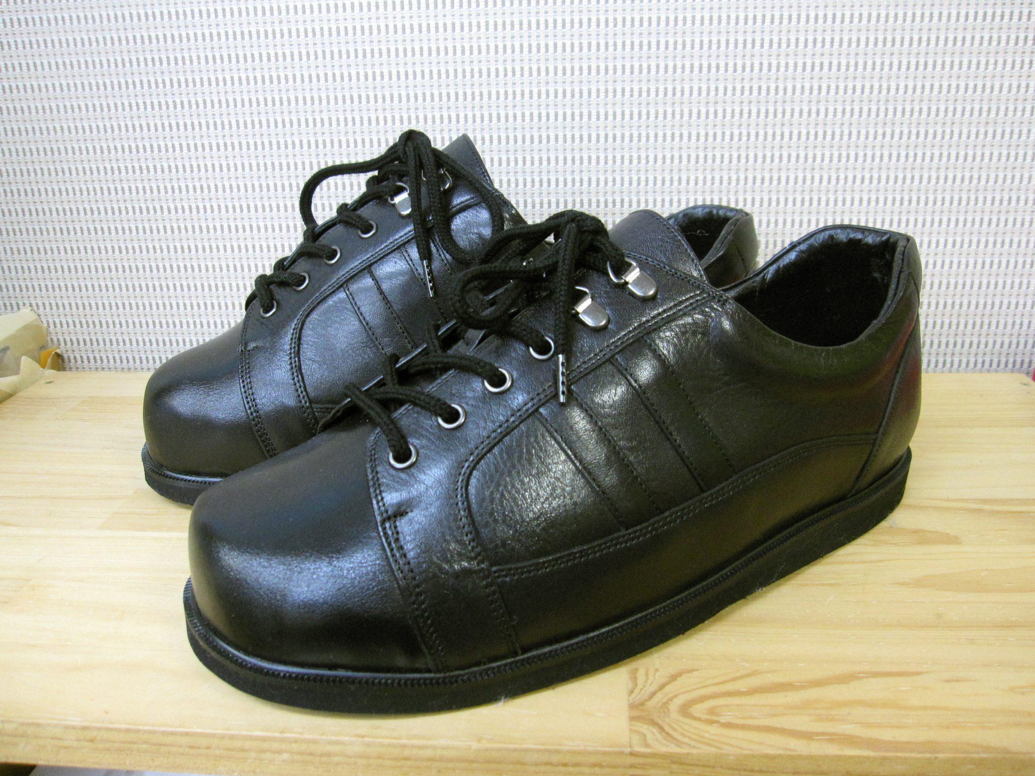 リンパ浮腫でお悩みの方の足にやさしい靴・オーダーメイドシューズ